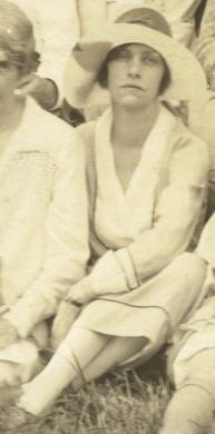 Myrtle-Brown-reunion-1927